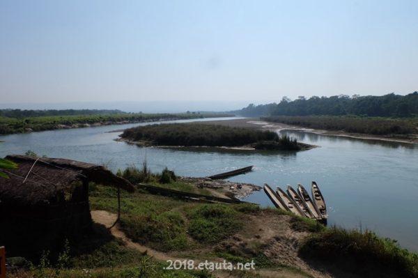 raputi river riverside