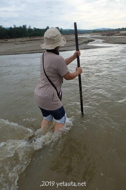 warking ina river